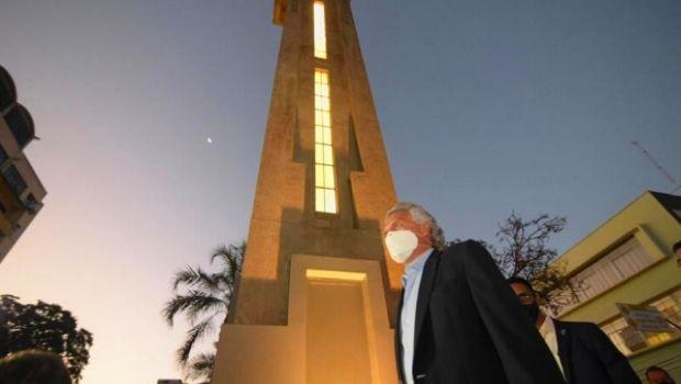Torre do Relógio da Avenida Goiás foi restaurada e custou quase R$ 678 mil