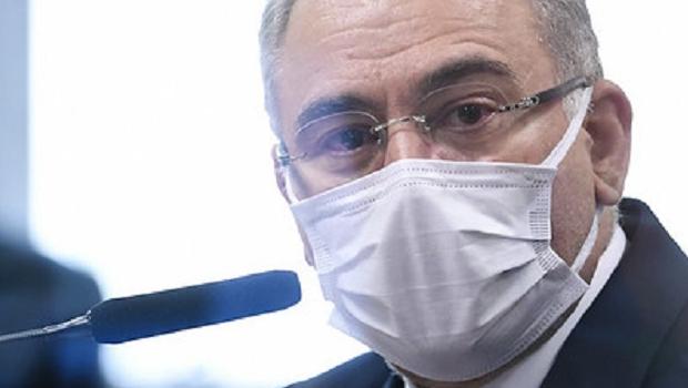 Intervalo de vacina da Pfizer deve ser reduzido de três meses para 21 dias, diz Queiroga