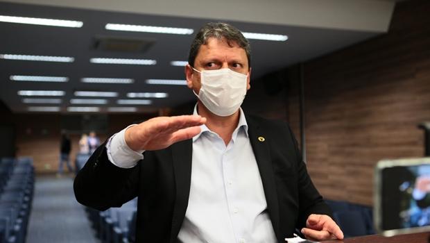 """Somos soldados do presidente"", diz ministro Tarcísio sobre se lançar candidato por Goiás"