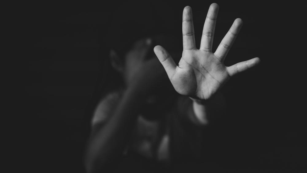 Professor estupra três adolescentes; uma delas, sua sobrinha, está grávida
