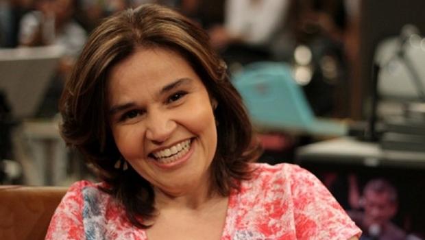 Atriz Claudia Rodrigues passa mal e precisa ser internada