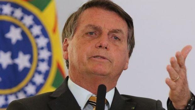 Bolsonaro volta a atacar Barroso; em nota, ministros do STF e TSE se unem a favor da urna eletrônica