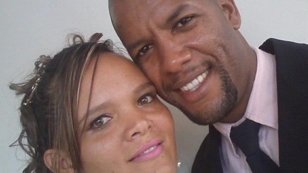 Suspeito de matar casal por suposta transmissão de Covid-19 segue foragido, diz delegado