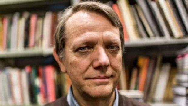 """Governo Bolsonaro é """"autocratismo de viés fascista"""", define cientista político"""
