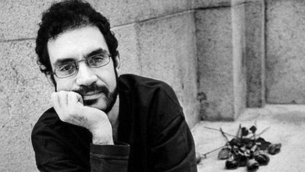"""25 anos sem Renato Russo: conheça melhor 11 músicas inesquecíveis do """"lado B"""" da Legião"""