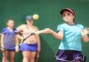 Costão do Santinho oferece Clínica de Tênis para adultos e crianças