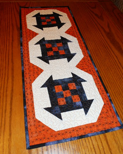 Halloween-table-runner-free-pattern-2