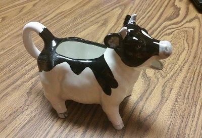 Fixed Cow (400x273)