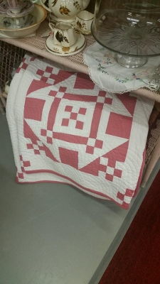 Pink and White Quilt (225x400)