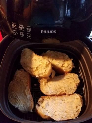 Air-Fryer-Garlic-Bread