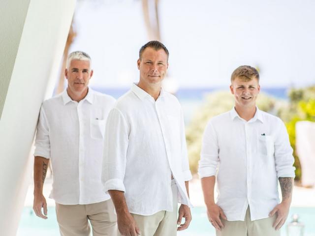 BC8A6532 640x480 c - Cayman Islands Wedding