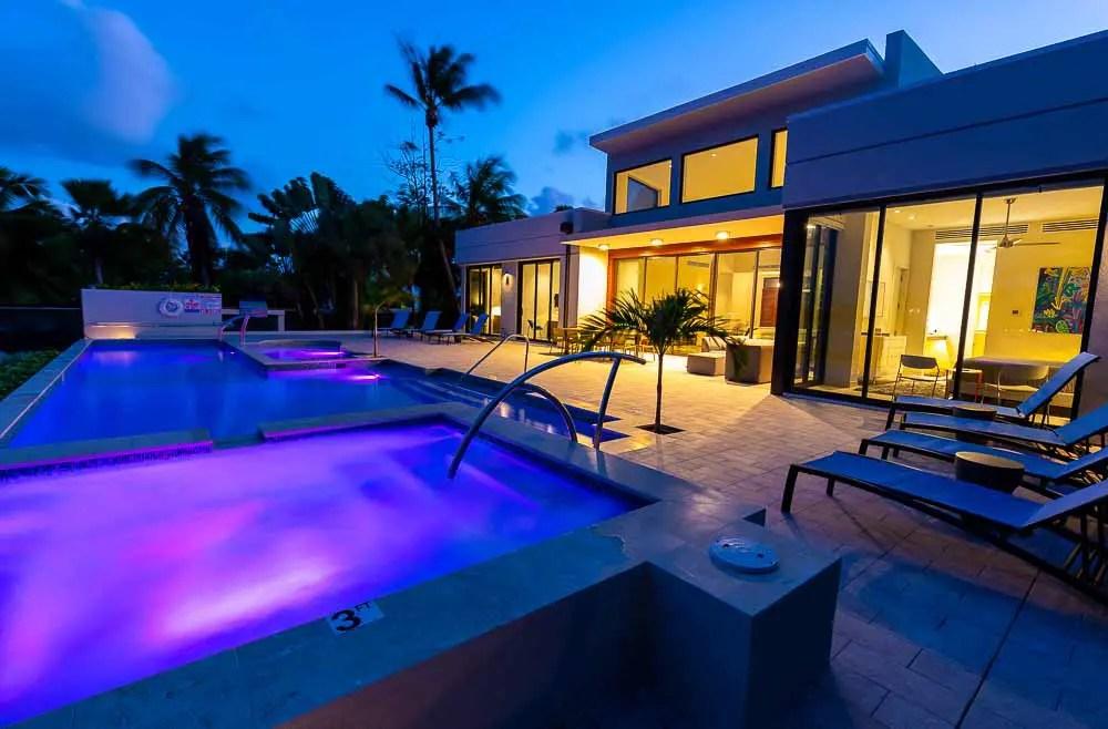 BC8A9723 - White Dahlia Real Estate