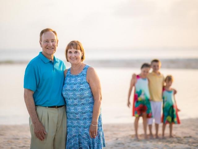 BC8A1496 640x480 c - Cayman Family Photographer