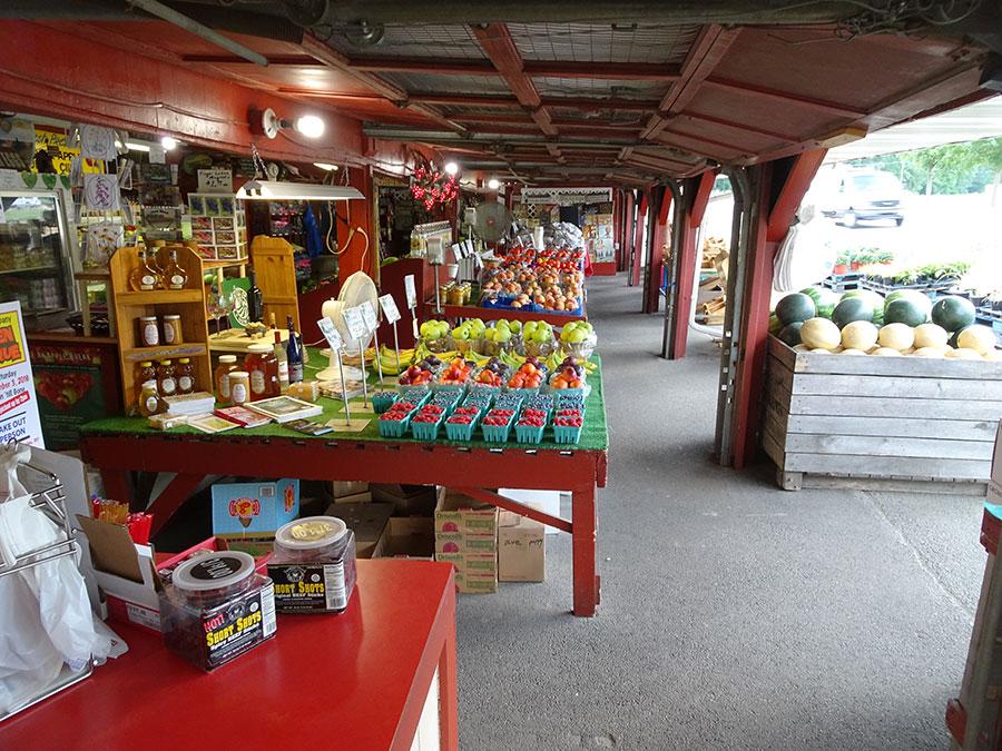 Naples NY Farm Market   Joseph's Wayside Market - - 202 S. Main St.. Naples. NY 14512 - 585-374-2380