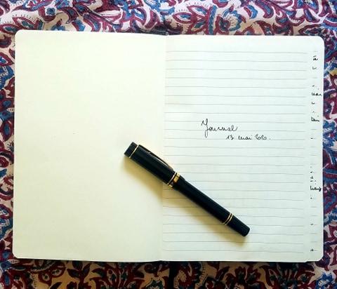 Journal intime écrit à la main, la méthode des 3 pages