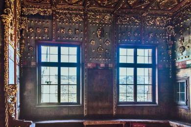 Rich decorative elements were added to the private apartments in the sixteenth century.