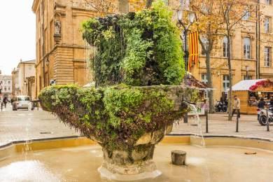 FR-Aix Fountains.