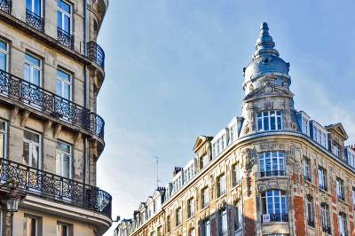 Fine exemples of nineteenth century architecture abound in Lille.