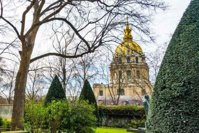 The Dome of the Invalides seen from the garden of the Rodin Museum.