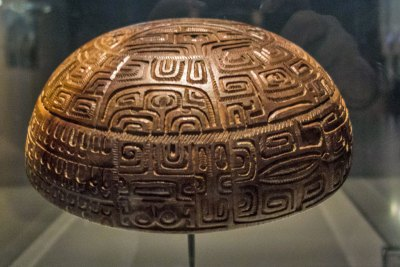 Matahoata - Late nineteenth century bowl engraved with Marquesas Islands traditional tattoo patterns,