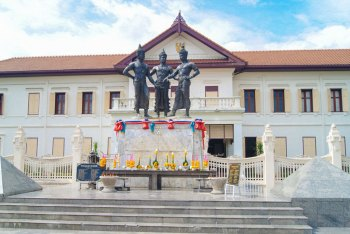 Chiang Mai - Three Kings Monument.