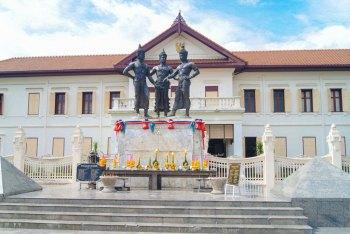 Chiang Mai - Three Kings Monument.