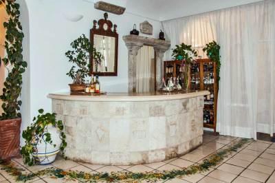 The Santa Caterina Bar.