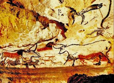 FR-Lascaux Hall of Bulls.