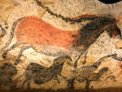 FR-Lascaux red-black horse
