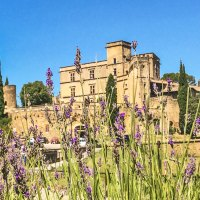 An Idyllic Village in Provence - Lourmarin