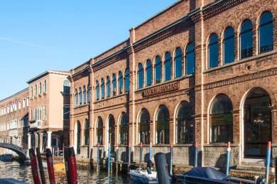 Murano-Showroom canal.