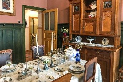 Art Nouveau Museum - casual dining.