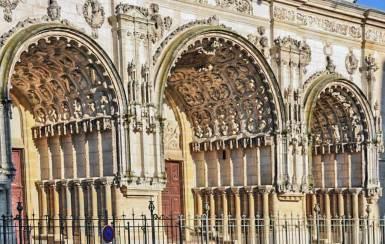 Dijon-Saint Michel portal.