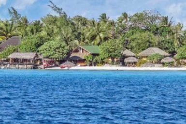 Gauguin-Fakarava guest houses.