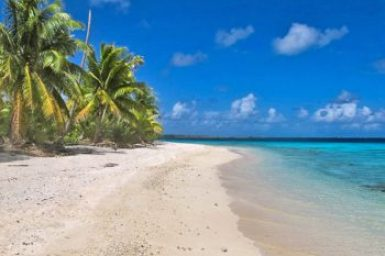 Gauguin-Fakarava beach.