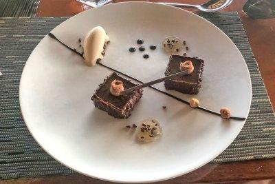 Dessert at Le Lotus.