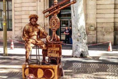 Barcelona-Living statue,