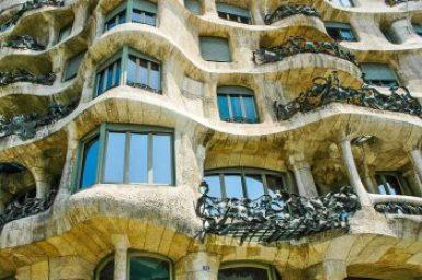 Gaudi-Casa Mila Pedrera.