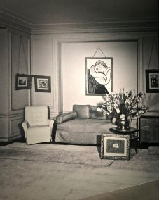 The Manhattan residence of the thannhausers at 12 East 67th Street in New York, in the 1950's.