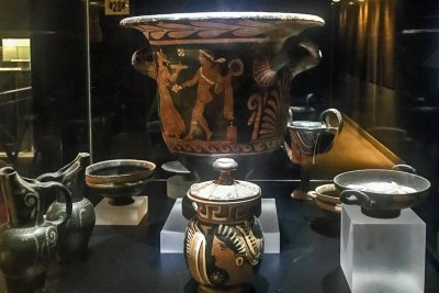 Greek urns and other household goods  attest to early Phoenician commerce.