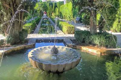 The Fountains of Generalife (3).