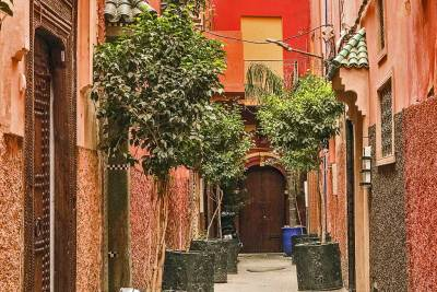 Back alleys of the Medina.