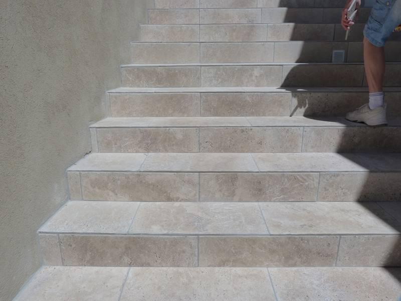 Escalier Exterieur Pose Droite A Tanneron 83 Var Pose De Carrelage Et Dallage A Fayence Josh Reichenecker