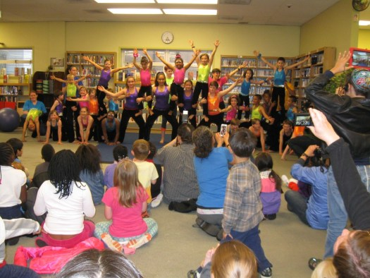 Yoli took the kids to see Circus Harmony perform in the children's area at Ferguson Municipal Library.