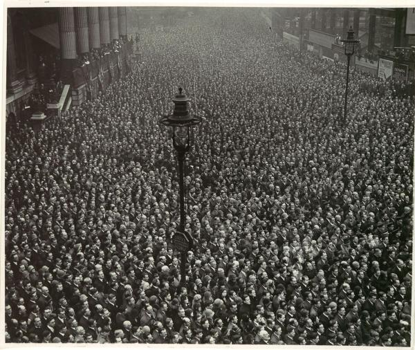 Two-Minute Silence, Armistice Day, London, Artist Unknown, 1919