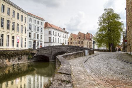 20160430 - 094105 - _MG_0848 - Brugge, dag 2 - Canon7D - +0 stop_+2 stop_-2 stopEnhancer01