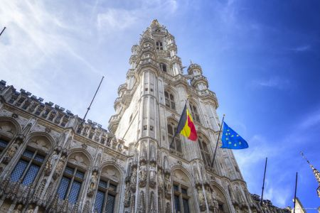 20160827 - 132530 -  MG 3286 - Brussel (B) - Canon EOS 7D - +0 Stop +2 Stop -2 StopEnhancer01