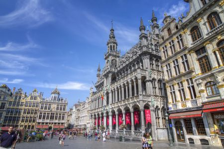 20160827 - 132750 -  MG 3290 - Brussel (B) - Canon EOS 7D - +0 Stop +2 Stop -2 StopEnhancer01