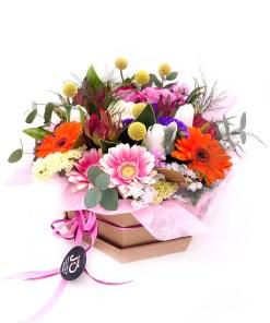 ramo de flores variado en base ecológica