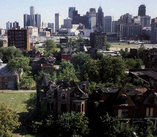 El pizpireto barrio burgués de Brush Park es hoy un tributo al fracaso de toda una ciudad.